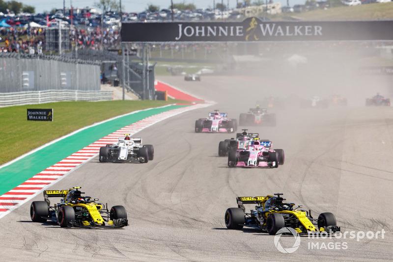 Ніко Хюлькенберг, Renault Sport F1 Team R.S. 18, попереду суперників