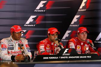 Lewis Hamilton, McLaren with Felipe Massa, Ferrari and Kimi Raikkonen, Ferrari