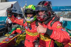 優勝したルーカス・ディ・グラッシと、3位のダニエル・アプト
