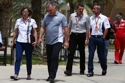 Клэр Уильямс, Williams F1 Team и Дейв Райан, гоночный директор Manor Racing