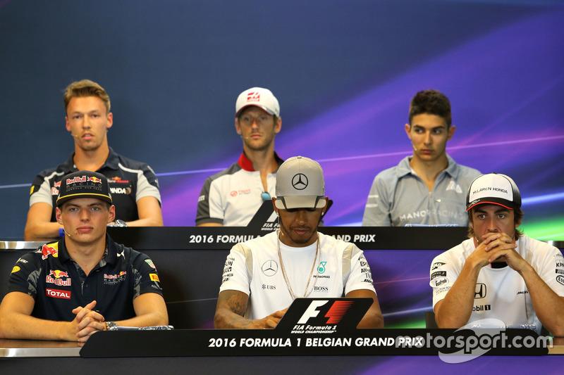 Max Verstappen, Red Bull Racing, Lewis Hamilton, Mercedes AMG F1 Team and Fernando Alonso, McLaren Honda nella Conferenza Stampa FIA