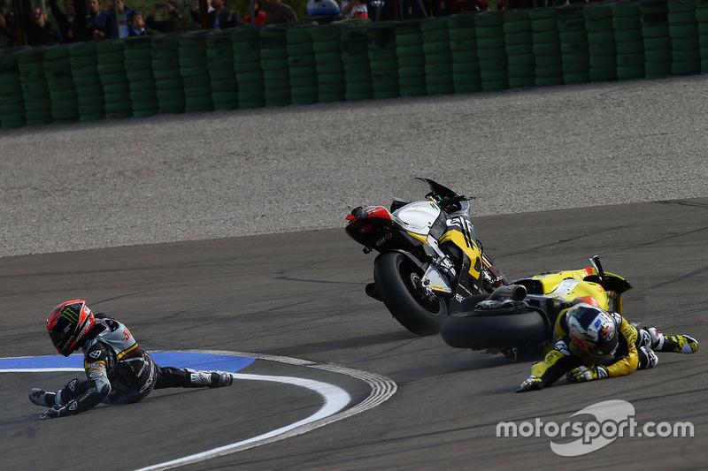 L'incidente tra Mika Kallio, Marc VDS Racing Team e Maverick Viñales, Pons HP 40