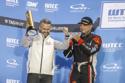 Podium: Tiago Monteiro, Honda Racing Team JAS, Honda Civic WTCC and Rob Huff, All-Inkl Motorsport, Citroën C-Elysée WTCC
