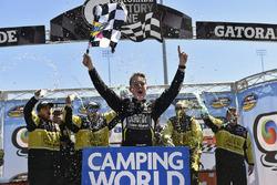 John Hunter Nemechek, NEMCO Motorsports, Chevrolet Silverado celebra