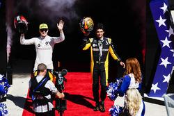 Nico Hulkenberg, Renault Sport F1 Team, Carlos Sainz Jr., Renault Sport F1 Team, at the drivers parade