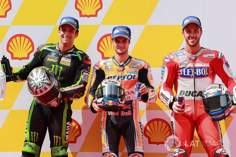 A primeira fila do GP da Malásia: Dani Pedrosa, Repsol Honda Team, Johann Zarco, Monster Yamaha Tech 3 e Andrea Dovizioso, Ducati Team