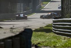 #8 DKR Engineering Ligier JS P3 - Nissan: Alexander Toril, Jean Glorieux, Miguel Toril, crash