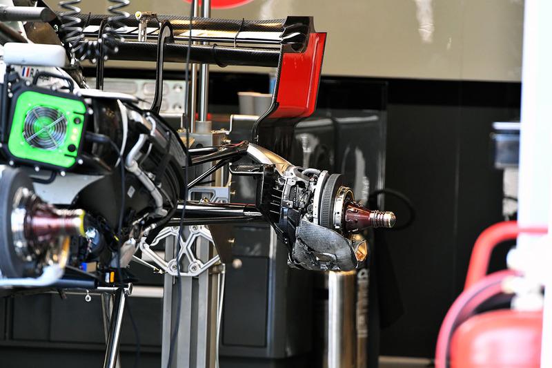 Freno trasero del Haas F1 Team VF-18