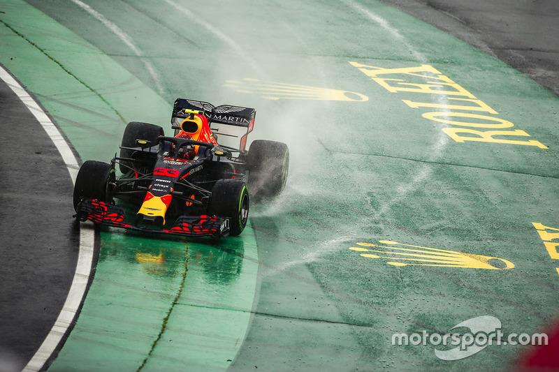 7: Макс Ферстаппен, Red Bull Racing RB14 – 1:38.032
