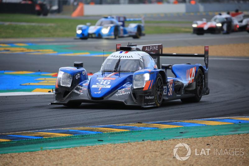 El coche #36 Signatech Alpine Matmut Alpine A470, con Nicolas Lapierre, Andre Negrao, Pierre Thiriet son los nuevos ganadores de LMP2 en Le Mans 2018