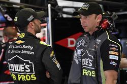 Jimmie Johnson, Hendrick Motorsports, Lowe's for Pros Chevrolet Camaro, mit Chad Knaus