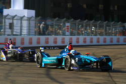Luca Filippi, NIO Formula E Team, Alex Lynn, DS Virgin Racing
