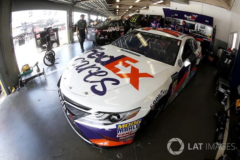 Denny Hamlin, Joe Gibbs Racing, Toyota Camry FedEx Cares