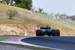 Nico Hulkenberg, Renault Sport F1 Team RS17 chispas