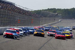 Start: Kyle Busch, Joe Gibbs Racing Toyota, führt