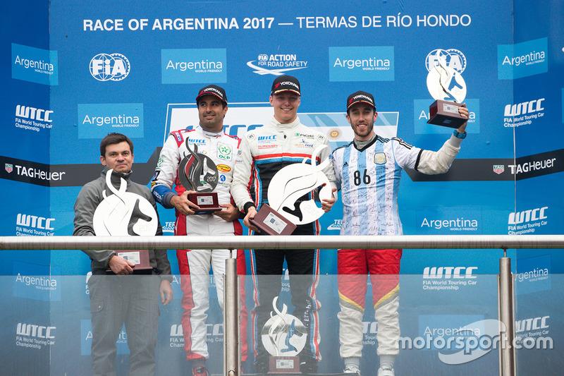 Ян Ерлахер, RC Motorsport, Естебан Гер'єрі, Campos Racing, Мехді Беннані, Sébastien Loeb Racing