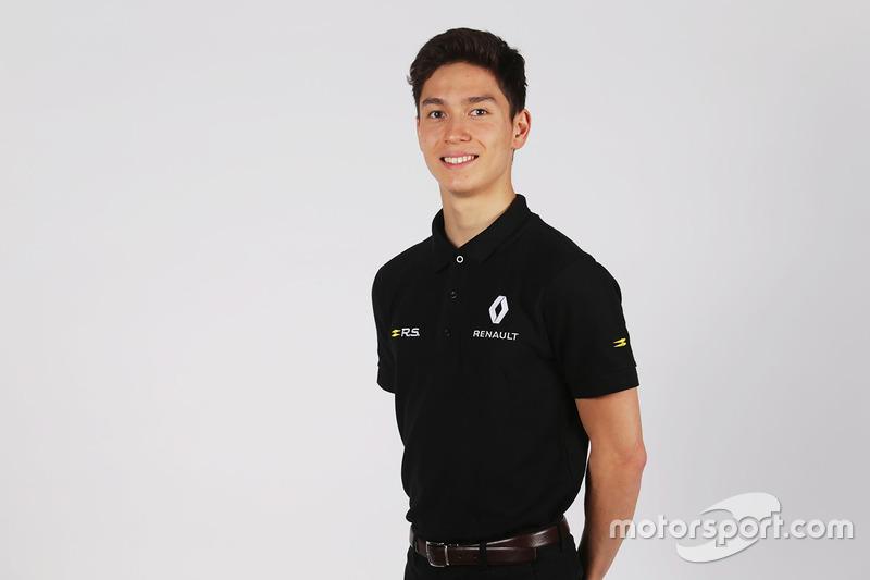جاك أيتكن، سائق بأكاديمية رينو للسائقين الشباب
