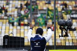 Felipe Massa, Williams, winkt den Fans