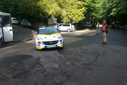 Jari Huttunen, Antti Linnaketo, Opel Adam R2
