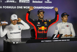 Valtteri Bottas, Mercedes AMG F1, Daniel Ricciardo, Red Bull Racing and Lance Stroll, Williams in the Press Conference