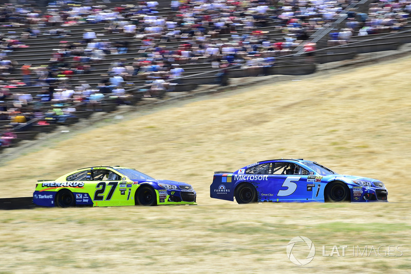 Kasey Kahne, Hendrick Motorsports Chevrolet, Paul Menard, Richard Childress Racing Chevrolet