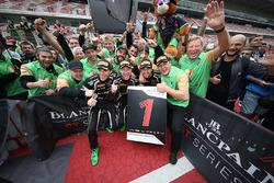 #63 GRT Grasser Racing Team Lamborghini Huracan GT3: Крістіан Енгельхарт, Мірко Бортолотті, Андреа Кальдареллі