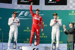 Podum: 1. Sebastian Vettel, Ferrari; 2. Lewis Hamilton, Mercedes AMG F1; 3. Valtteri Bottas, Mercede