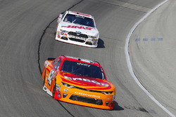 Kyle Larson, Chip Ganassi Racing Chevrolet and Cole Custer, Stewart-Haas Racing Ford
