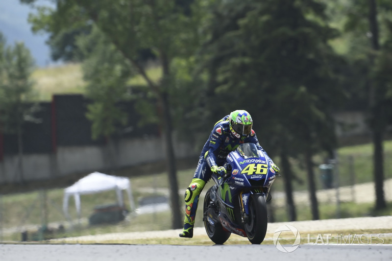 Rossi tak naik podium dalam balapan kandang