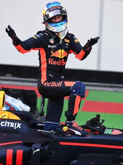 Race winner Daniel Ricciardo, Red Bull Racing RB13 celebrates in parc ferme