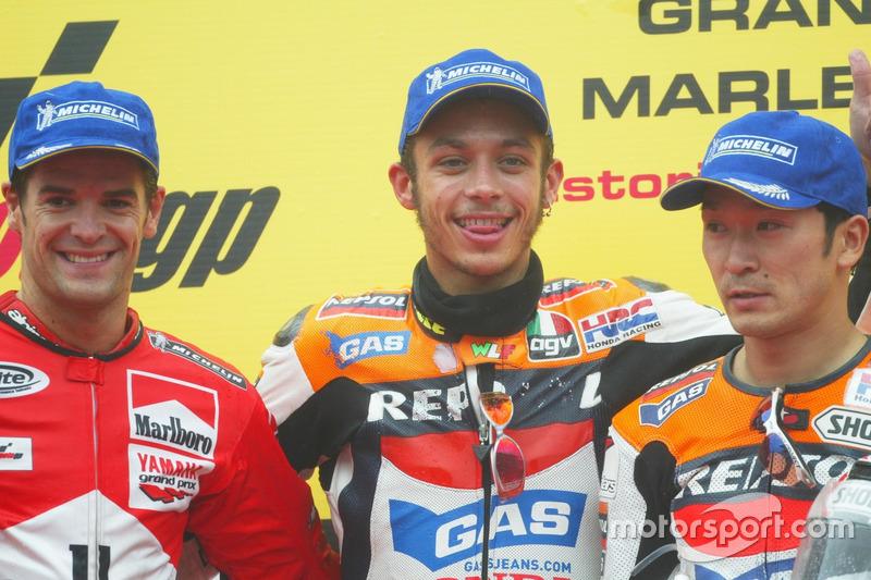 Podium: 1. Valentino Rossi, Repsol Honda Team; 2. Carlos Checa, Marlboro Yamaha Team; 3. Tohru Ukawa, Repsol Honda Team