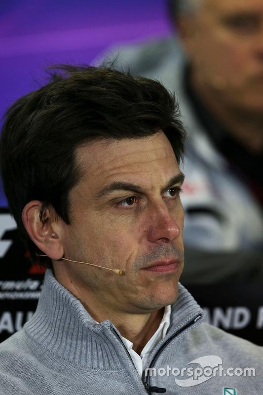 Toto Wolff, Mercedes AMG F1 teambaas in de FIA persconferentie