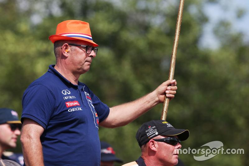 A Max Verstappen, Red Bull Racing fan