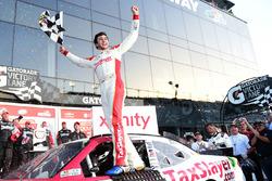 Victory lane: Чейс Елліотт, JR Motorsports Chevrolet
