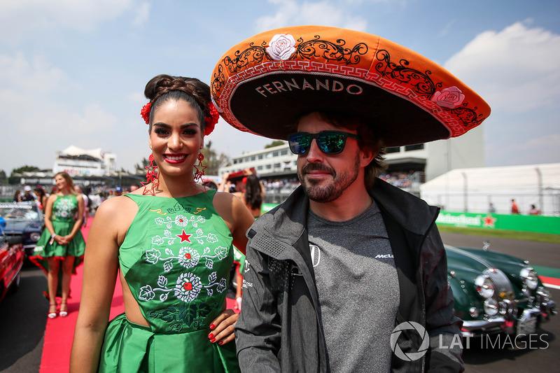 Fernando Alonso, McLaren en el drivers parade