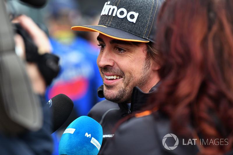 Fernando Alonso, McLaren talks with the media