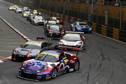 Laurens Vanthoor, Craft Bamboo Racing, Porsche 911 GT3R, Nico Müller, Audi Sport Team WRT, Audi R8 L