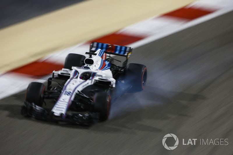Lance Stroll, Williams FW41 Mercedes, locks up