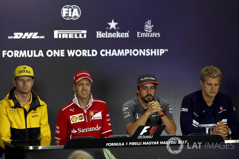 Nico Hulkenberg, Renault Sport F1 Team, Sebastian Vettel, Ferrari, Fernando Alonso, McLaren, Marcus