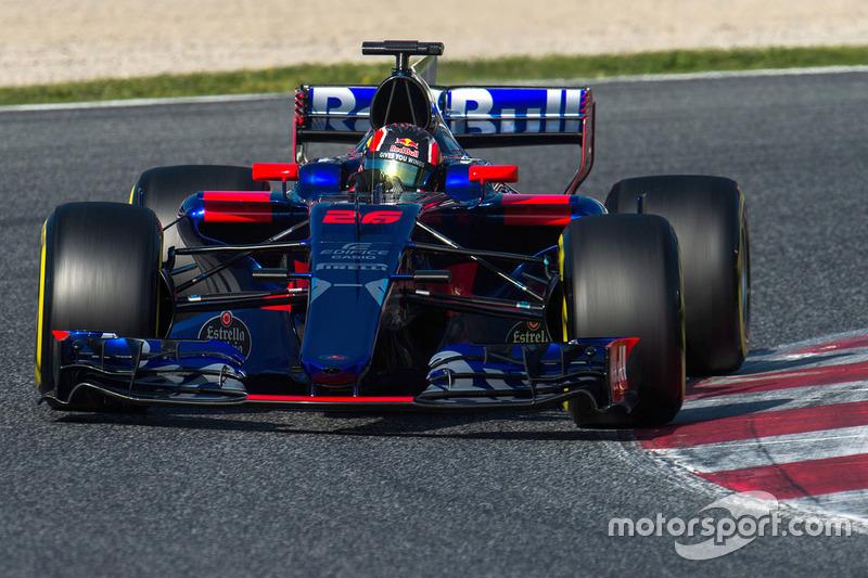 14º Daniil Kvyat, Toro Rosso STR12, 1m20.416s (superblandos)