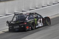 Crash: Kurt Busch, Stewart-Haas Racing, Ford