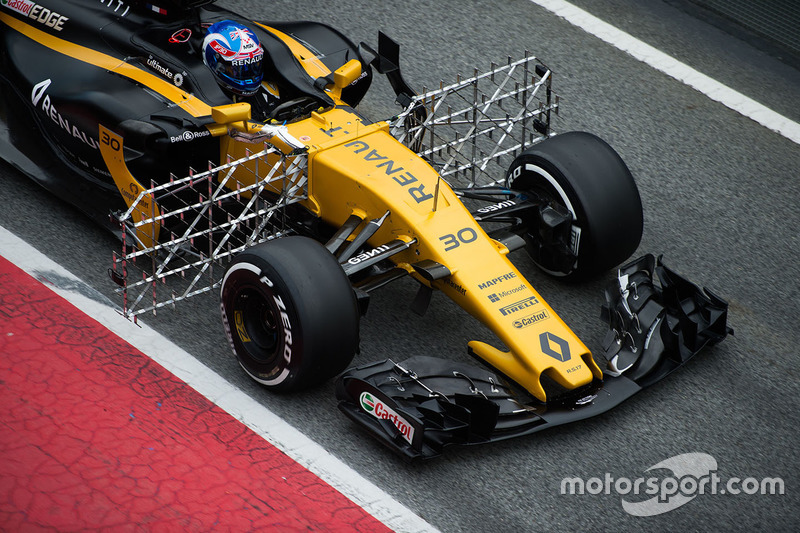 Джоліон Палмер, Renault Sport F1 Team RS17 із датчиками
