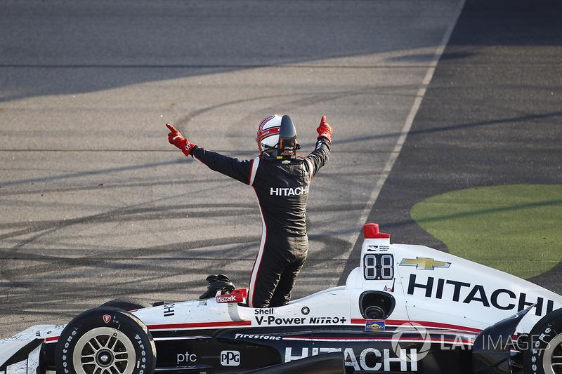 1. Helio Castroneves, Team Penske Chevrolet