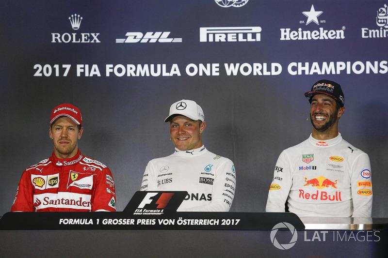 Press conference: race winner Valtteri Bottas, Mercedes AMG F1, second place Sebastian Vettel, Ferra