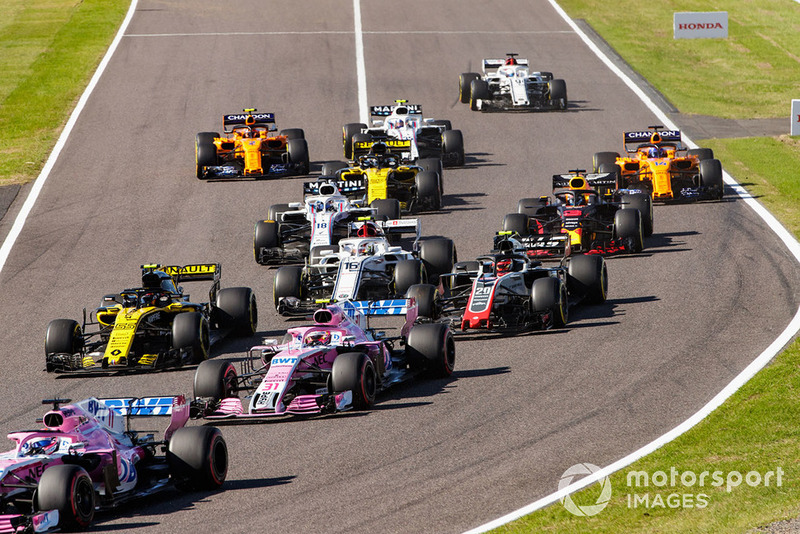 Sergio Perez, Racing Point Force India VJM11, Esteban Ocon, Racing Point Force India VJM11, Carlos Sainz Jr., Renault Sport F1 Team R.S. 18, Kevin Magnussen, Haas F1 Team VF-18, Charles Leclerc, Sauber C37.