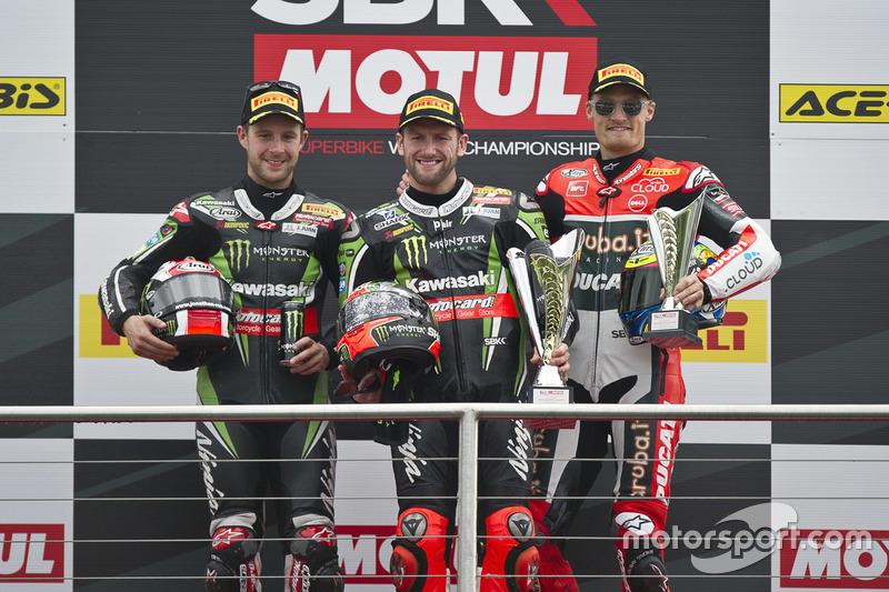 Podium : Sieger Tom Sykes, Kawasaki Racing Team, 2. Jonathan Rea, Kawasaki Racing Team, 3. Chaz Davi