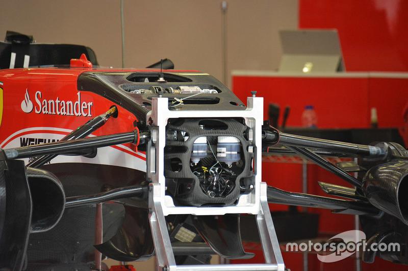 Ferrari SF16-H front suspension