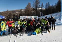 Tutti i partecipanti al progetto SciAbile di BMW