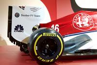 Presentación de Alfa Romeo Sauber decoración