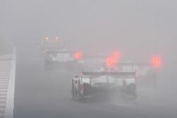 Safety car con la nebbia